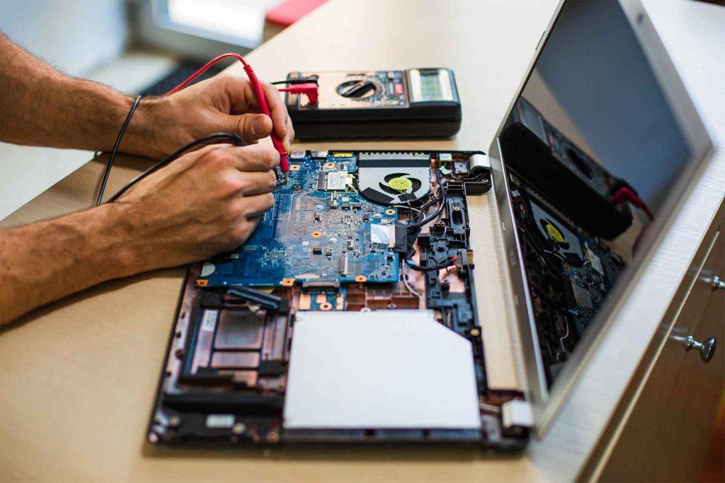 czyszczenie-laptopa
